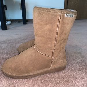 Women's brown Bearpaw boots